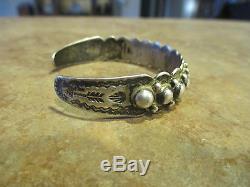 EARLIER 1900'S Fred Harvey Era NAVAJO Sterling Silver Dome ROW Bracelet