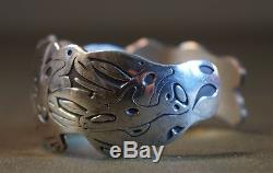 Heavy Very Detail Pacific NW Sterling Silver Bracelet Barry Herem Killer Wales