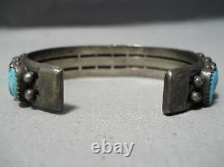 Magnificent Vintage Navajo Kingman Turquoise Sterling Silver Bracelet Old