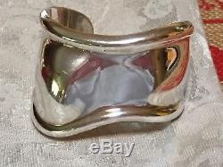 TIFFANY Elsa Peretti Sterling Silver Right Wrist Bone Cuff Bracelet Ret$995