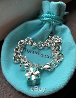 Tiffany & Co. Sterling Silver 925 Blue Enamel Gift Box Charm Link Bracelet S 7