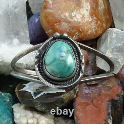 Vintage Native American Navajo Turquoise Cuff Bracelet Sterling Silver Gorgeous