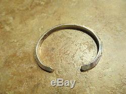 Vintage Navajo CARINATED Sterling Silver Design Cuff Bracelet